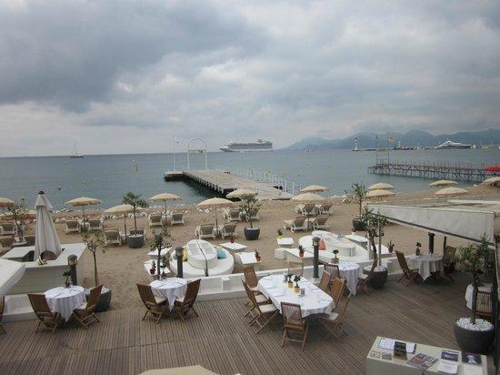 La Croisette: lots of places to eat and enjoy