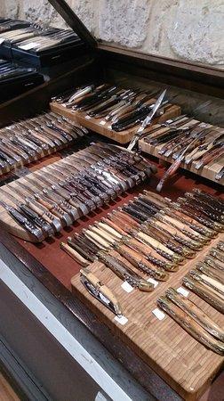 Couteaux Pliants Folding Knives Picture Of Laguiole Paris Ile Saint Louis Paris Tripadvisor