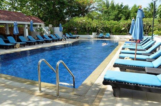 Tara Angkor Hotel : Salt water swimming pool