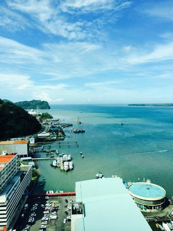 Four Points by Sheraton Sandakan: View of the harbour.