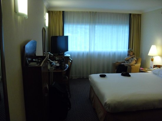 Hyatt Place London Heathrow Airport: our room