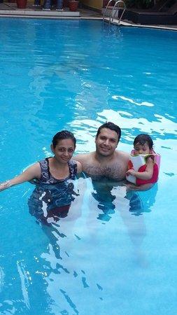 De Alturas Resort : Nice & clean pool