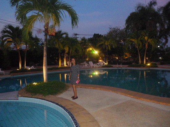 Star Convention Hotel : Pool.