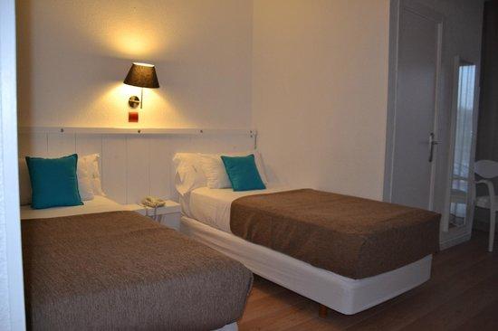 Hotel Solvi : Habitación superior, vistas al mar