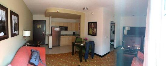 Residence Inn San Jose Escazu: Room interior 1