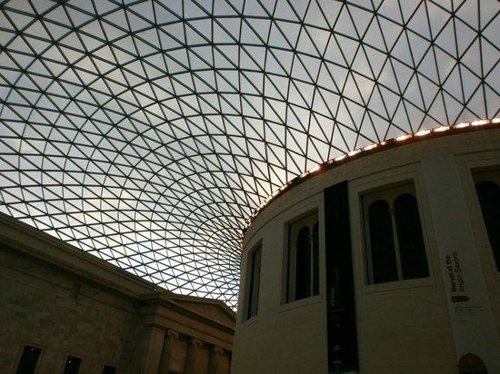 British Museum : Hall interno del museo