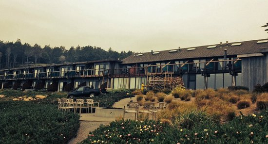 Timber Cove Resort: Rooms with Ocean View