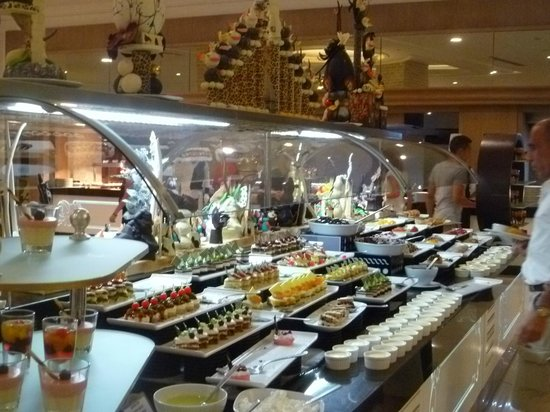Delphin Imperial Hotel Lara : just one of the many buffet areas!