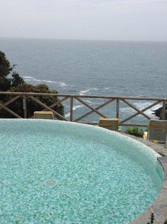 Hotel Porto Roca: piscina