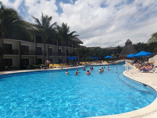The Reef Coco Beach: Piscina