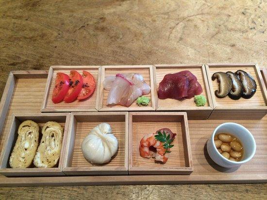 Higashi-Yama Tokyo: 前菜盛合せ