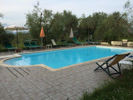 La Spiga D'Oro: La piscina con panorama eccezionale