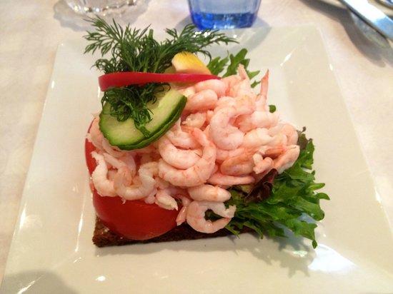 Ostermalms Saluhall : Shrimps-Brot
