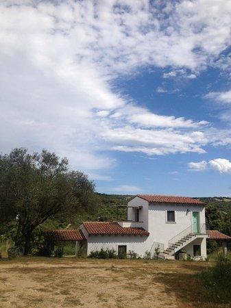 Agriturismo Terre di l'Alcu: Three rooms in one little house