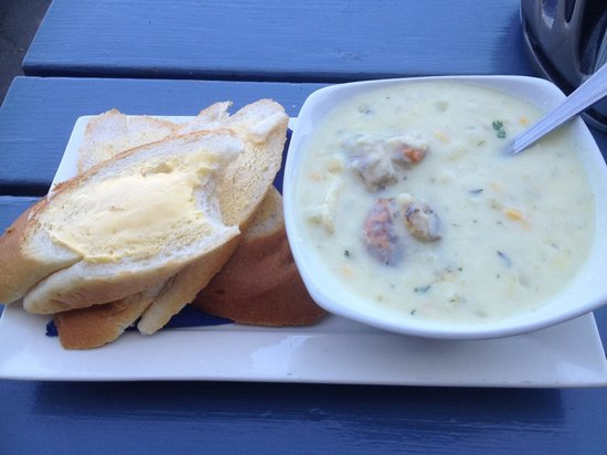 The Running Mare: My chowder soup with two whole scallops. Delightful.