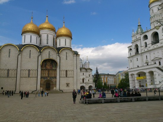 Kremlin Walls and Towers: Cathedrals in Kremlin