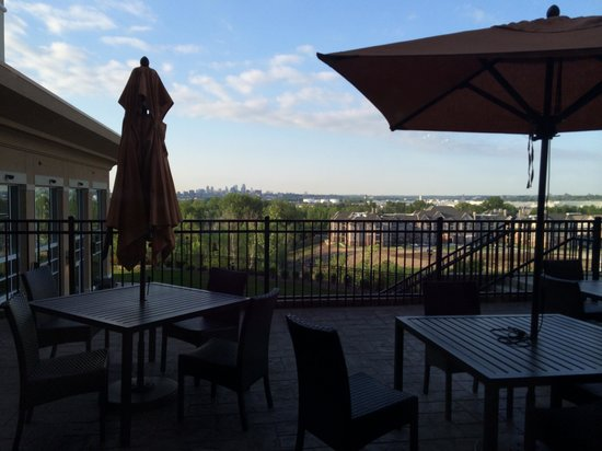 Courtyard Kansas City at Briarcliff: View from the Bistro