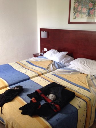 Hotel Floresta: Nice rooms big beds