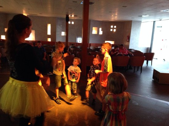 Hotel Floresta: Mini disco time