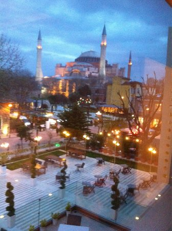 Hagia Sophia Hotel Istanbul Old City : Hagia Sophia from my window !!