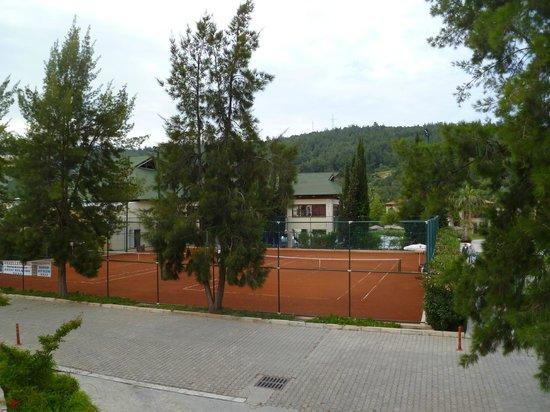 Aquafantasy Aquapark Hotel & SPA: Tennis
