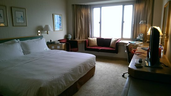 The Excelsior, Hong Kong: Room