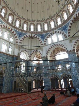 Rustem Pasha Mosque: interior