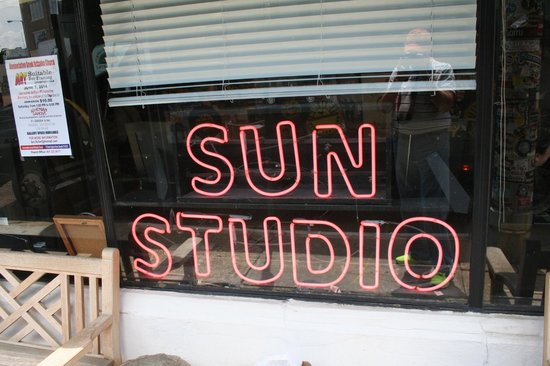 Sun Studio: Sign in the front.