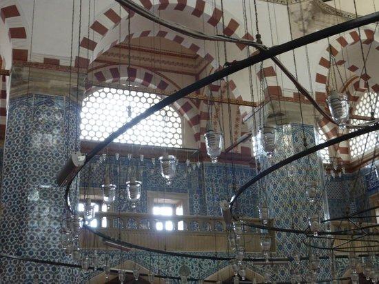 Rustem Pasha Mosque: lámpara