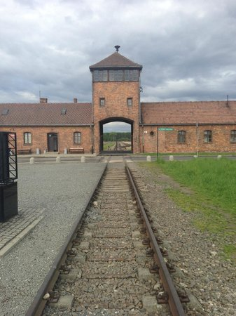 Krakow Auschwitz - Tours : Way to hell