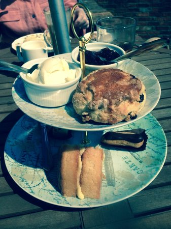 The Granary at Fawsley: Our tea
