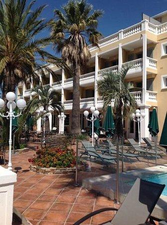 Le Domaine du Mirage: hotel