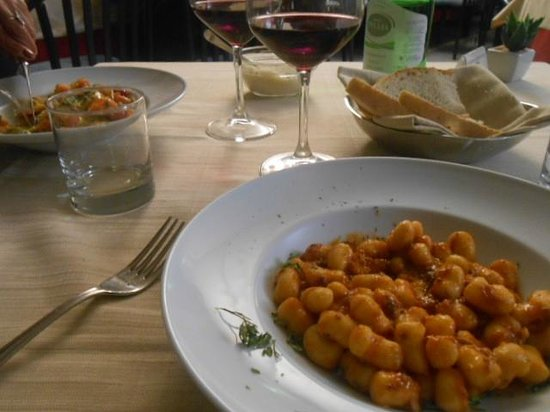 Cristallo Hotel Assisi: Comida saborosa