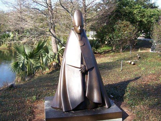 Sculpture Garden Picture Of The Sydney And Walda Besthoff Sculpture Garden At Noma New
