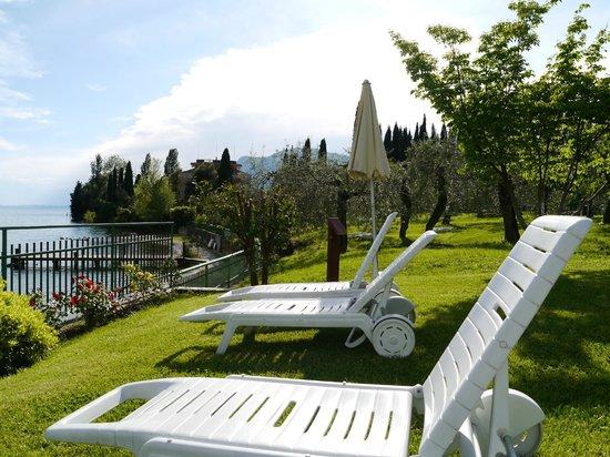 Hotel Maximilian: Gardens of the Maximilian and lakeside