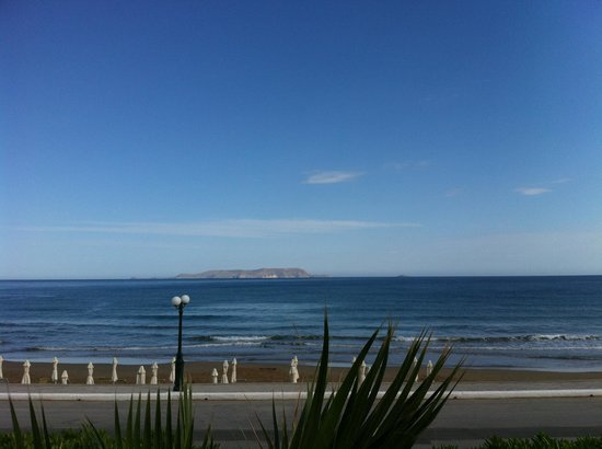 The Island Hotel: Beach view