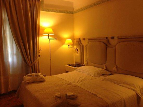 Grand Hotel Tettuccio : camera