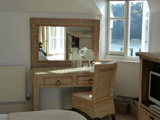 The Old Quay House Hotel : In Bedroom 12