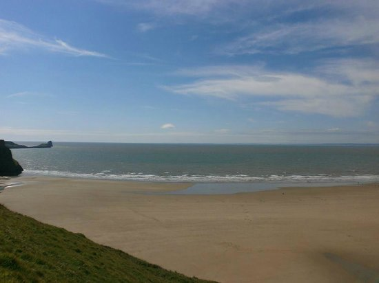 Rhossili Bay : Stunning view of the beach after the tide was out.
