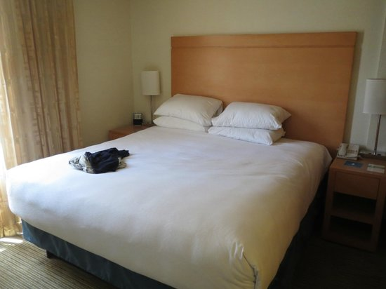 Hyatt House Dallas/Uptown: Bed