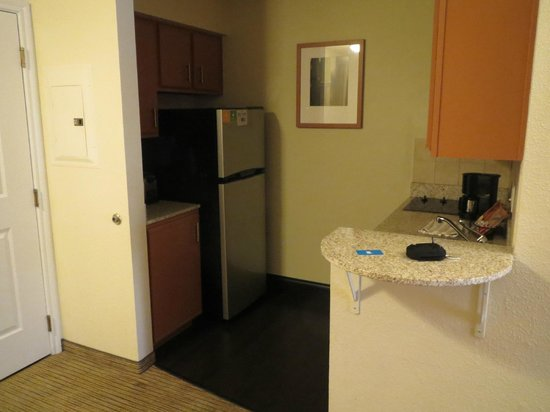 Hyatt House Dallas/Uptown: Kitchen
