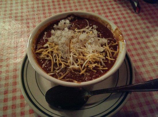 Tony Packo's Cafe : Chili w/ onions & cheese