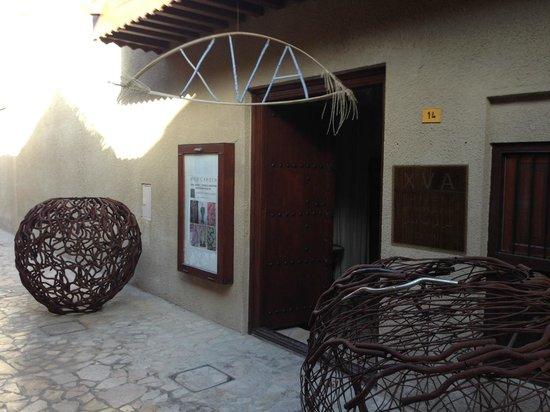 XVA Art Hotel: Hotel entrance