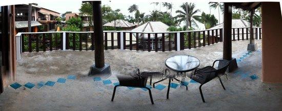 Saboey Resort and Villas : Balcony deluxe room