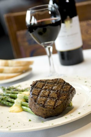 Red River Steaks & BBQ: Filet Mignon
