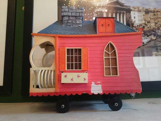 The Little Museum of Dublin: Wanderly Wagon!!