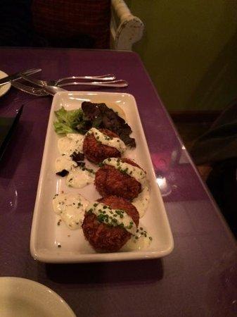 Addington Hills Cafe: Crab Cakes