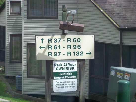 Wyndham Shawnee Village Resort : River Village-Sign