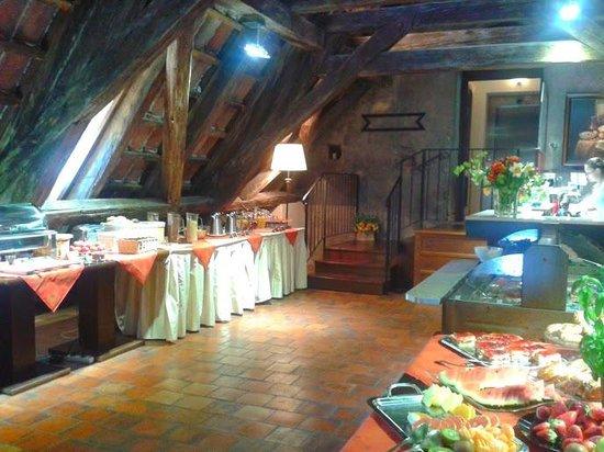 Appia Hotel Residences : Breakfast room