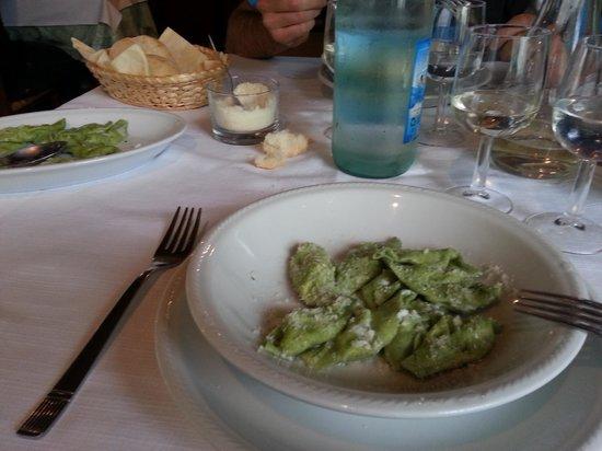 Nibbiano, Italia: ravioli alle ortiche